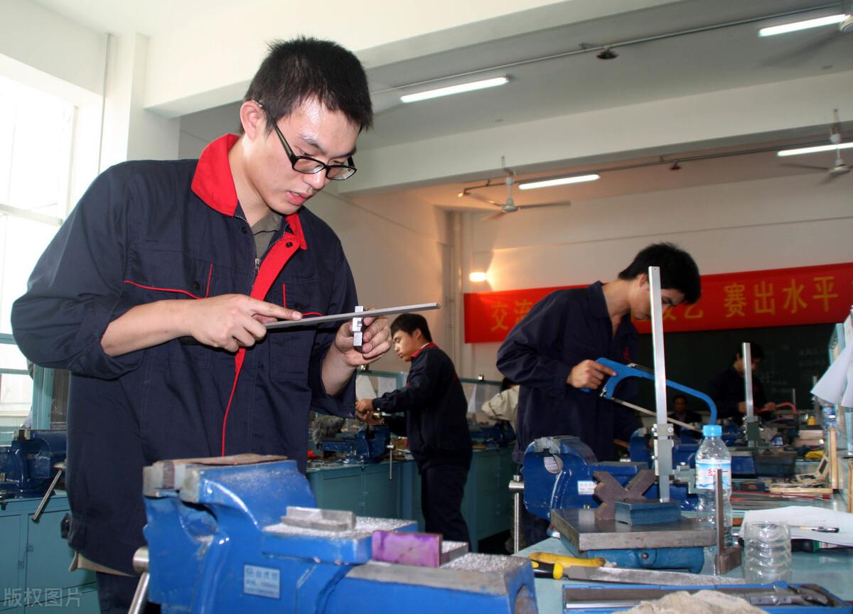 深圳焊工证在哪里办理,有免费培训焊工证的?
